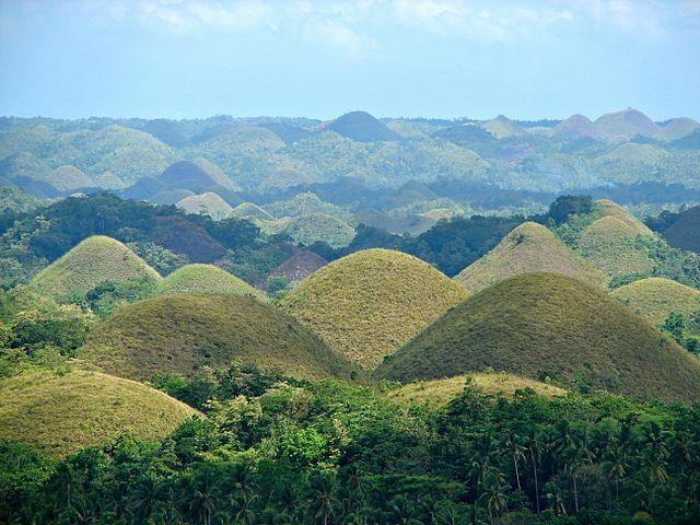 Chocolate Hills, Bohol (image)