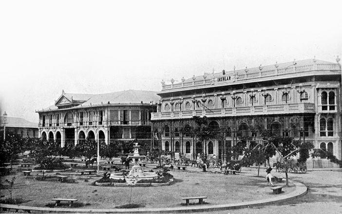 Hotel de Oriente and La Insular Cigar and Cigarette Factory, 19th century (image)