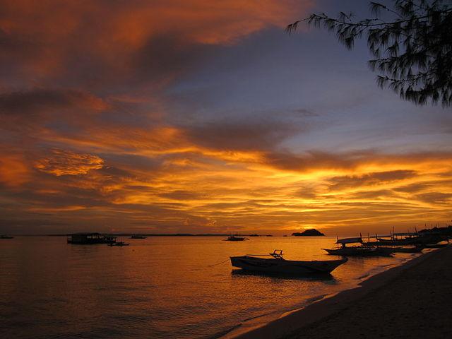 Sunset on Bounty Beach, Malapascua Island, Philippines (image)