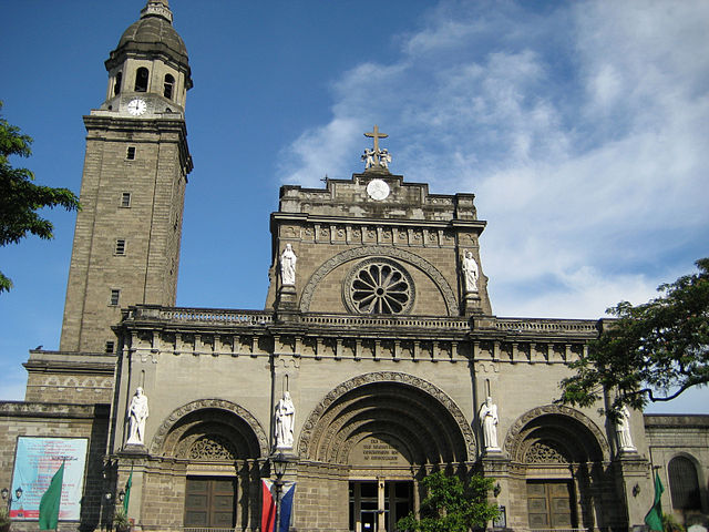 Manila Cathedral in 2008 (image)